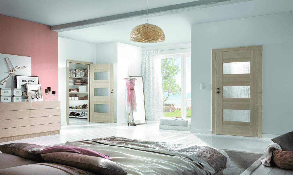 obiectele de mobilier si covorul trebuie sa se potriveasca stilului de amenajare ales