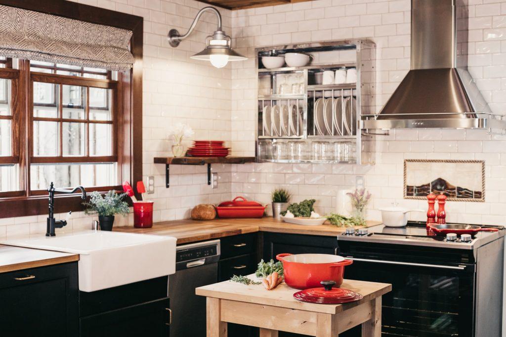 cum amenajezi bucătăria de tranziție