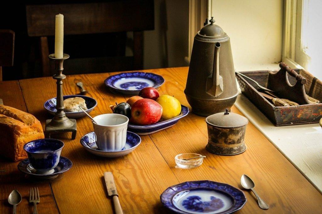 cum amenajezi bucătăria rustică