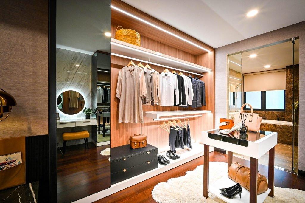 camera de dressing si rolul designului in amenajarea sa